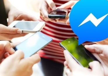 Facebook-is-forcing-everyone-to-download-its-Messenger-app